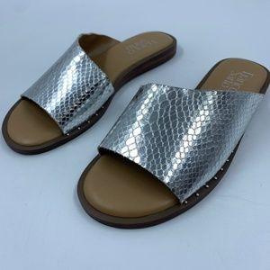 Franco Sarto womens 5 sandals Rye flats silver